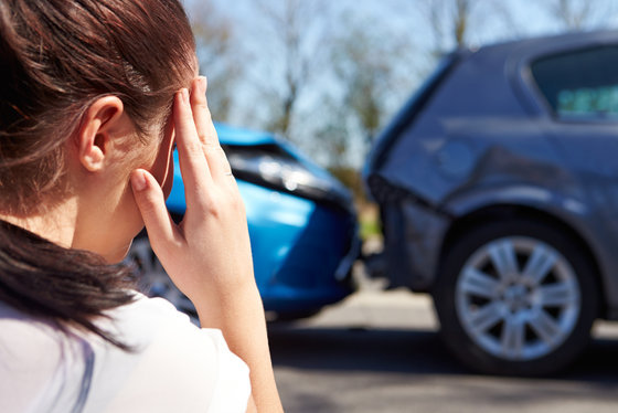 WHEN TO CONTACT AN ATTORNEY IN A CAR ACCIDENT CASE