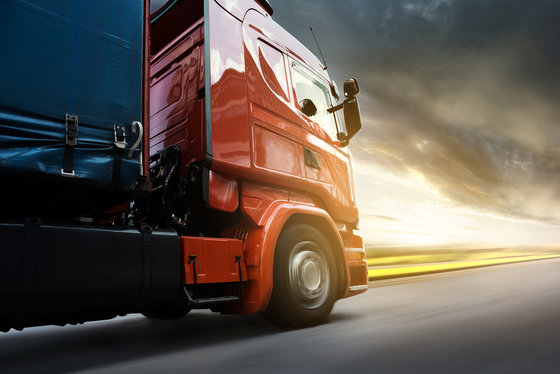 SHOULD I GET A TRUCK ACCIDENT LAWYER?