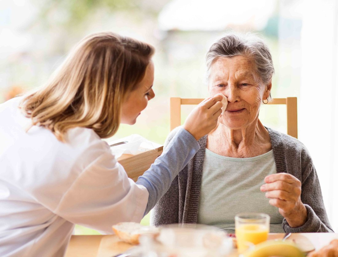 Alzheimer's and Wanderers: 10 Tips for Keeping Dementia Clients Safe