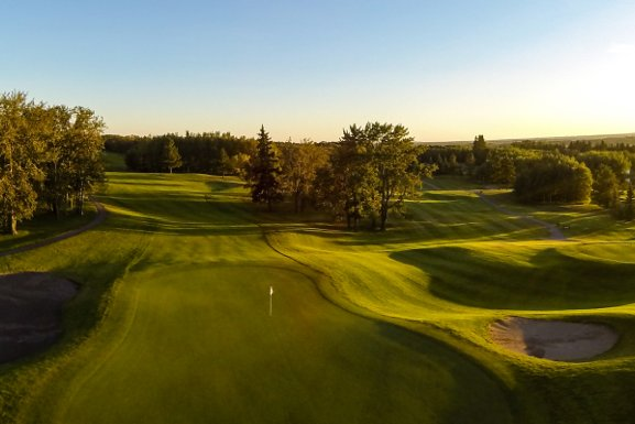 Spectacular and marvellous Red Deer golf courses to Play