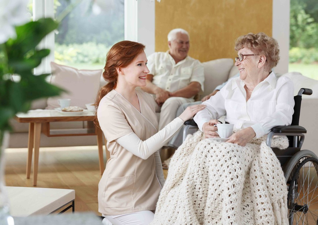 5 Reasons Why Caregivers Love Their Jobs