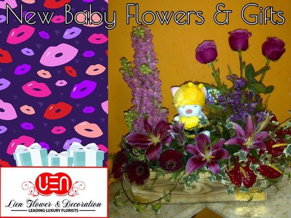 New baby born flowers & gifts!   Rangkaian bunga dengan boneka untuk bayi yang baru lahir.  www.liengallery.com