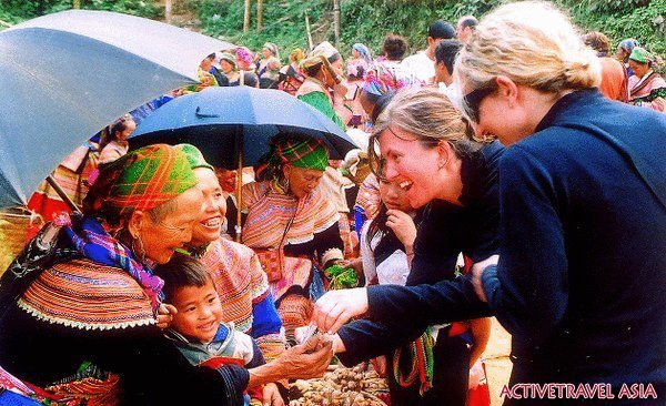 One day to explore Sapa Bac Ha market