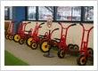 Petit childcare Barton - Play yards incorporate bike tracks