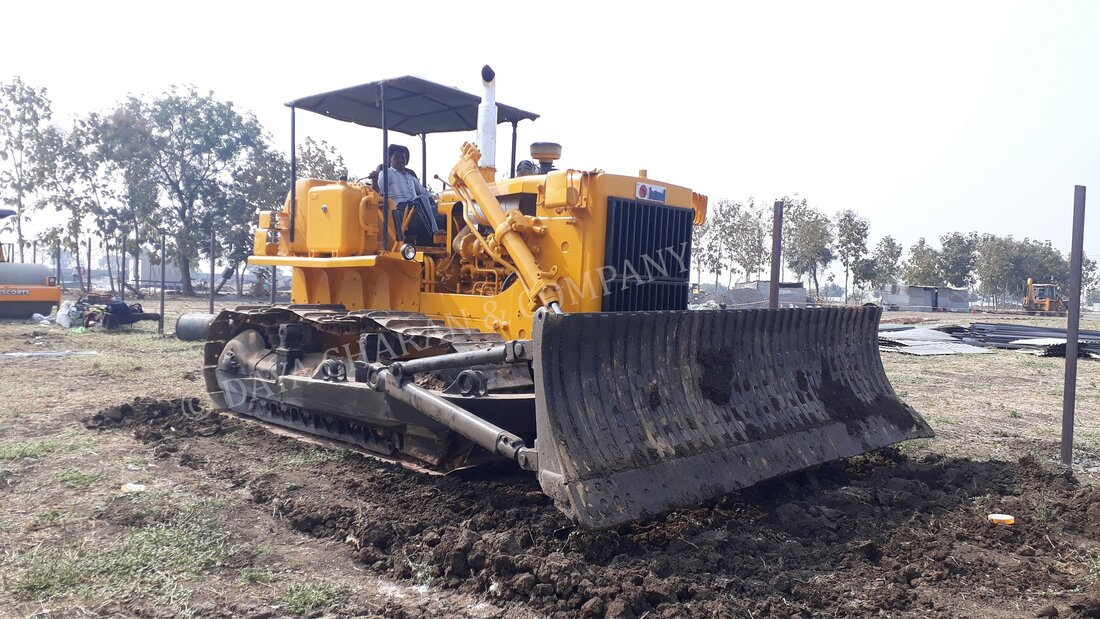 Crawler Bulldozer for Rental Services