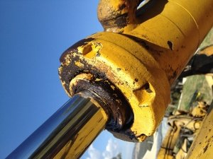 Hoist Systems & Forklift Hydraulic Cylinders Services in