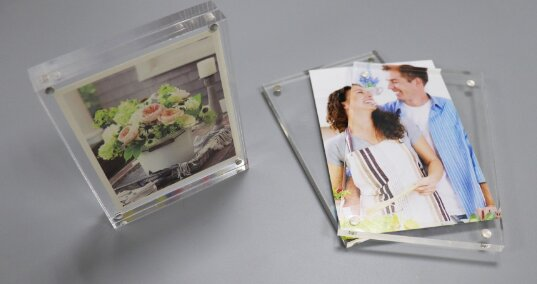 The 4 Amazing Benefits of Acrylic Picture Frame